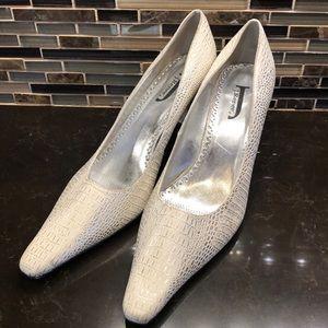 J. Renee white silver faux alligator 13M heels
